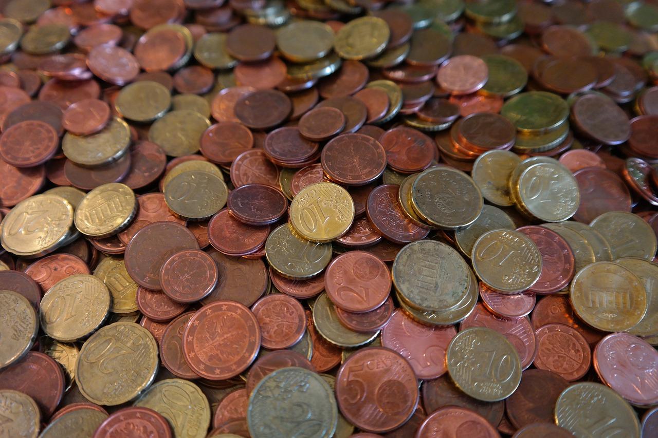 CC0 Public Domain, Hans Braxmeier, http://pixabay.com/en/coins-cent-specie-money-euro-232010/